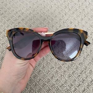 Brand new sunglasses - foster grant
